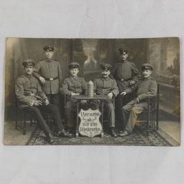 Group of german soldiers 'Wer weiss ob wir uns Wiedersehn'