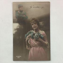 French Postcard 'Ne m'oubliez pas'