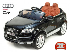 Audi Q7 SUV Doppelsitz - schwarz lackiert