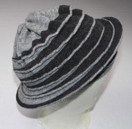 Nieuwe plooi 'hat' wol