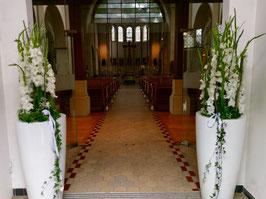 Kirchen/ Eingangsdekoration/ Raumgestalltung