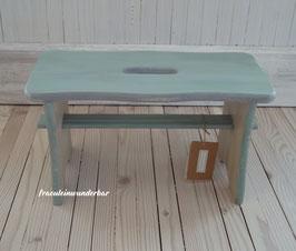 Wunderbare Holzschemel/Fußbänkchen, von Hand bemalt in der Fräuleins-Werkstatt