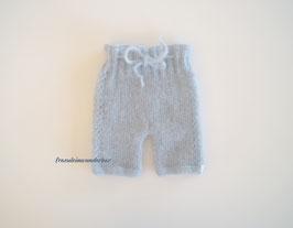 Fräulein Wunderbars kuschelige Strickhose Meret für die Babyfotografie, Zart Hellblau