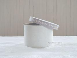 Wunderbare Pappdose, handbemalt, weiß/ lavendel, 14,6cm