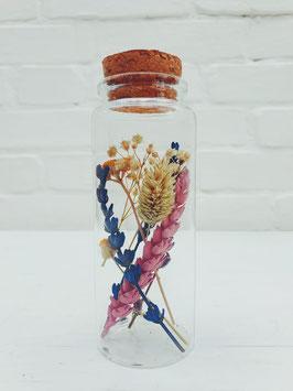 Smal flesje met kruk (12 cm hoog)