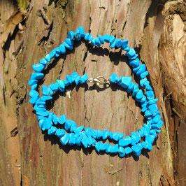 Halskette aus Magnesit-Splittern