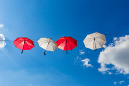 Schirme (Leinwand)