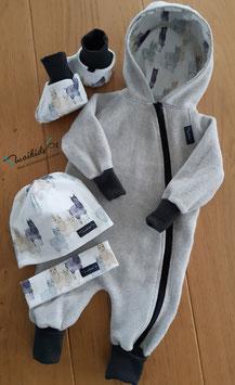 Geschenkset Overall aus Bio-BW-Fleece