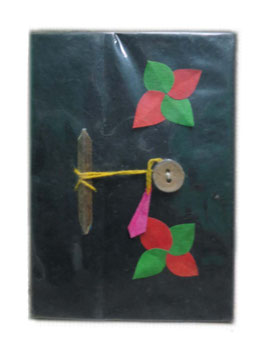 Bloc note avec fleurs et attaches