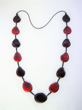 "Tagua-Kette ""Patricia"" rot/ Tagua Necklace ""Patricia"" reds"