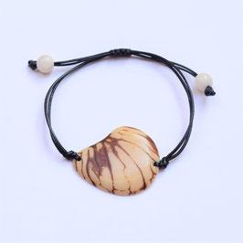 "Armband ""Conchapu"" naturweiß, verstellbar/ Bracelet ""Conchapu"" , natural white, adjustable"