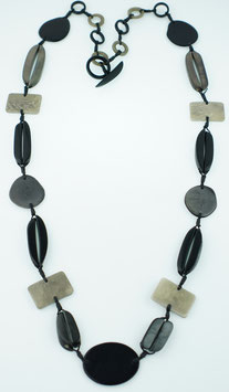 "Tagua-Kette ""Helena long"" schwarz/ Tagua Necklace ""Helena long"" black"