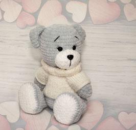 ♥ Teddy Bear au pull blanc cassé ♥