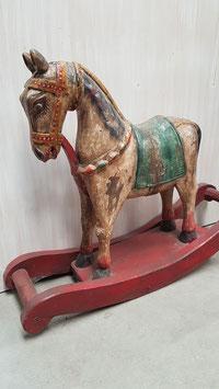 Paard houtsnijwerk