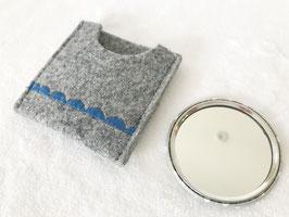 Spiegelbutton mit Filztasche