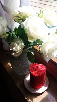 3 Bienenwachskerzen/Herzform rot, 8,5cm x 6cm