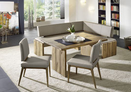 """""""Spring"""" - Elegante Eckbank aus massivem Holz mit Beinen in dreiteiliger Wangenoptik. 100% italienisches Echtleder."""