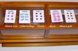 EF033 Knopfkarte mit Herzen