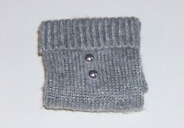 EF026 Pullover für die Dame 4cm grau mit silber Knöpfen
