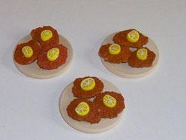 EF045 Wiener Schnitzel auf Holzbrett mit Zitrone Preis pro Stück!