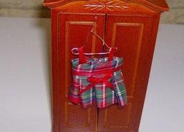 EF026 Kinderkleid kariert 7 cm auf Kleiderhaken