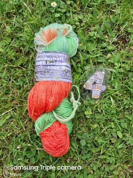 Selbstegefärbte Sockenwolle  Aktiv BAMBOO Fine 400
