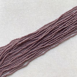 11-003)NEW BEADS (Light LAVENDER RoundRocailles14/0 )   UB0001