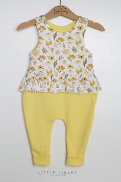 "RUFFLES ROMPER ""2. Yellow Flowers & Pastellgelb"" Gr.68"