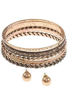 Bracelet Style: MA23-128332 Antique Gold