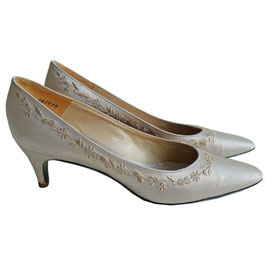 Pumps Satin hell-taupe Charles Jourdan 37.5/38