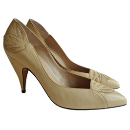 Pumps VINTAGE vanilla CHARLES JOURDAN 37.5