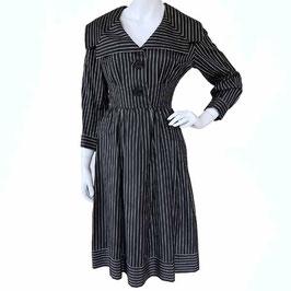 Kleid Gr. S Baumwolle Chintz schwarz-weiss Streifen Petticoat VINTAGE 1950s