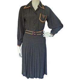 Kleid Gr. S schwarz 70s mit Zierstreifen in beige
