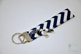 """Schlüsselanhänger """"Chevron dunkelblau"""" Seepferdchen"""