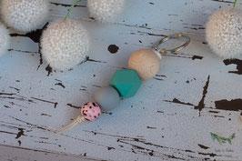 Schlüsselanhänger Holz & Silikonkugel / rosa, grau & mint