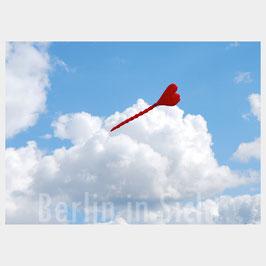 "Postkarte ""Love in the air"""