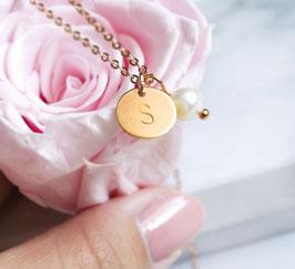 Initialen Kreis Kette mit Perle - Rose Goldfarbene