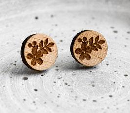 Blumen-Ohrstecker aus Holz
