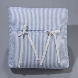 Rückenkissen mit Bindebändern