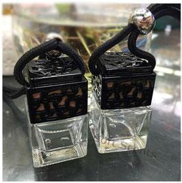 Car perfume vierkant zwart incl. geur naar keuze