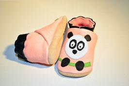Panda Pupu auf rosa