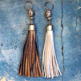 Schlüsselanhänger mit Fransen aus Leder