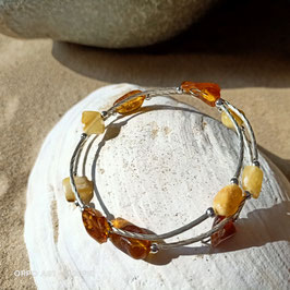 Spiralarmband mit Naturbernstein und Aluminium