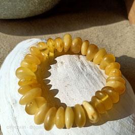 Armband aus gelbem Naturbernstein