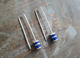 Boucles d'oreille longues en argent et pvc bleu