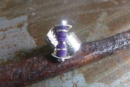 Bague en argent torsadée vis et pvc violette