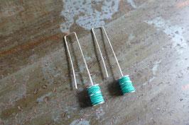 Boucles d'oreille longues en argent et pvc turquoise