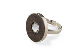Lignum ring with Swarovski crystal