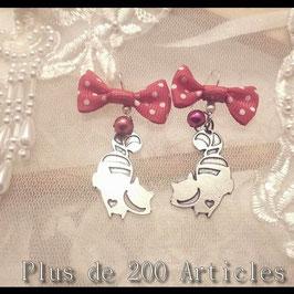 """Paire de Boucle d'Oreille """"Chat"""" Alice au Pays des Merveilles"""