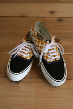 VANS AUTHENTIC SURF CHECK